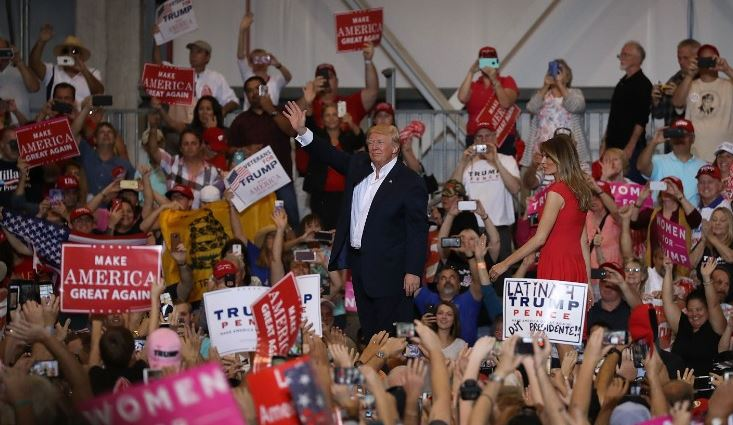 President Donald Trump and first lady Melania Trump at a campaign rally in Melbourne, Florida. Feb. 18, 2017. (CNN).