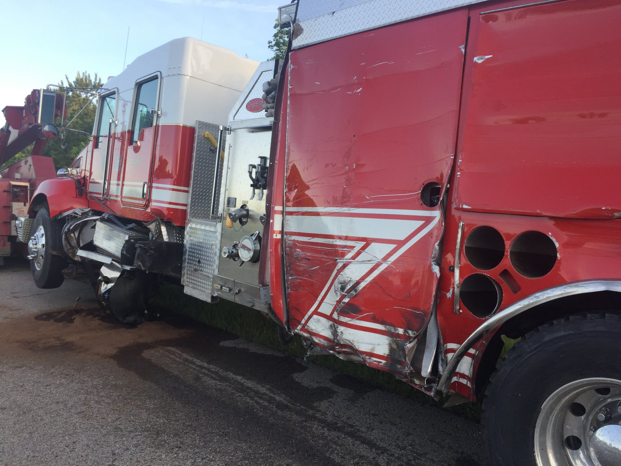 Mulberry Fire Truck Hit By Semi While Responding To Tractor-Trailer