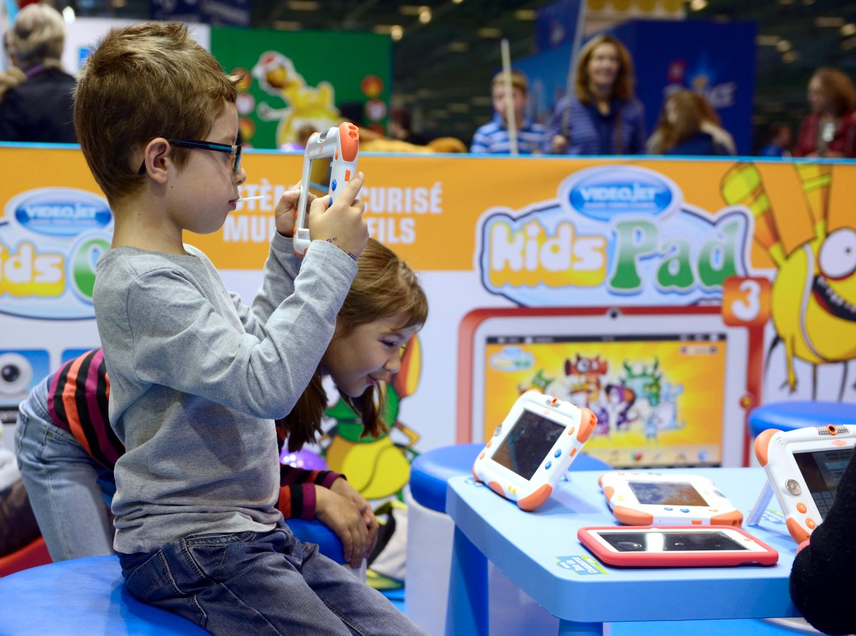 Study Finds Many Kds With Delays Need >> Letting A Baby Play On An Ipad Might Lead To Speech Delays Study