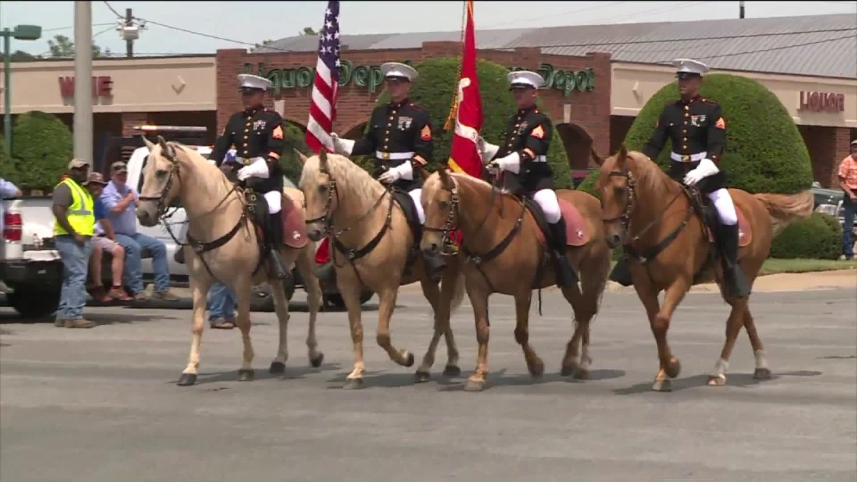 Marine Corps Mounted Color Guard Leads Rodeo Of Ozarks