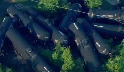 Crude Oil Leaks After Freight Train Derails in Pa.