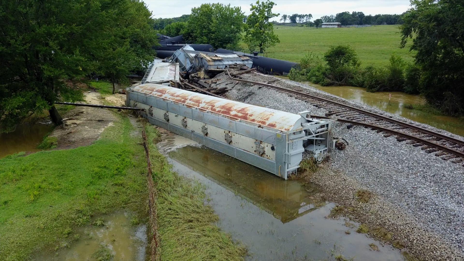 SKY5 Sequoyah County train derailment