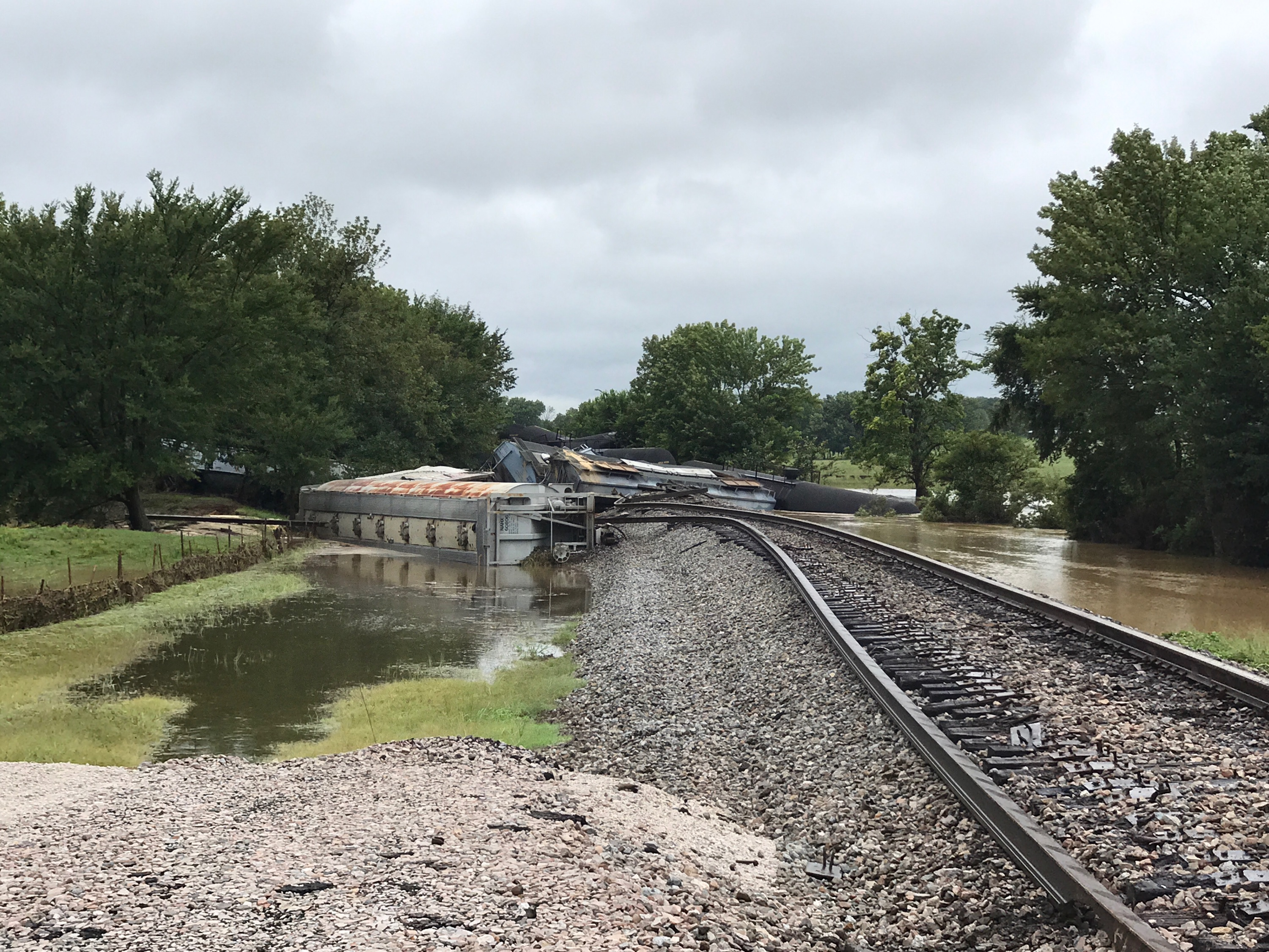 Multiple Agencies Responded To Train Derailment In Sequoyah County — Evacuation Order Lifted
