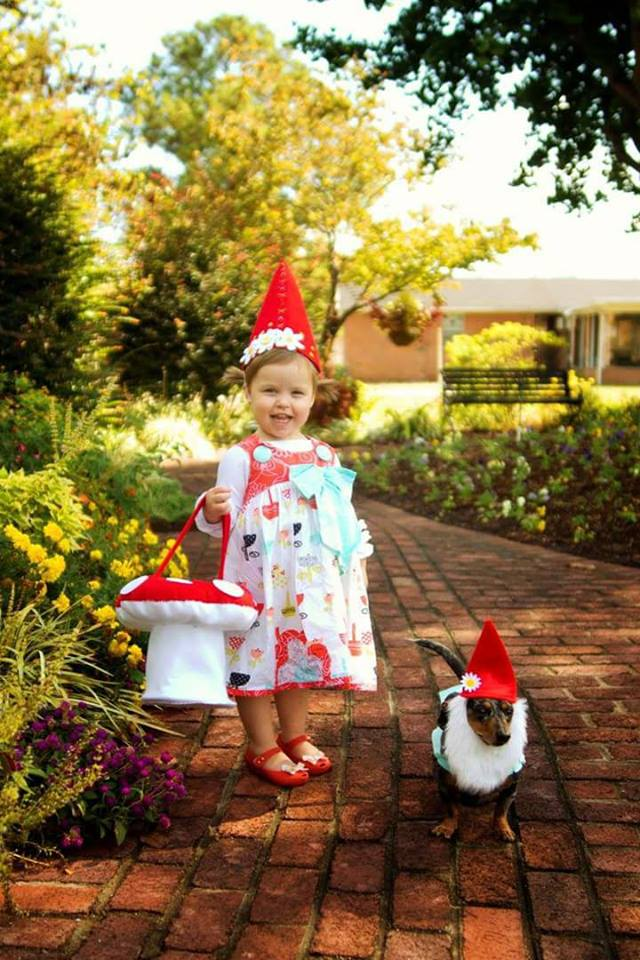 Willa and Handsome dressing up as gnomes. Photo sent in by Sheena Rae Ashlock.
