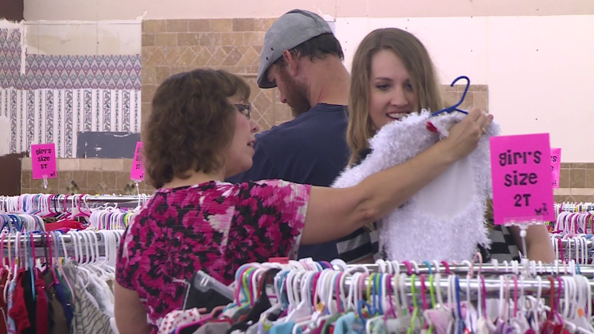 Rhea Lana S Large Consignment Sale Returns To Northwest