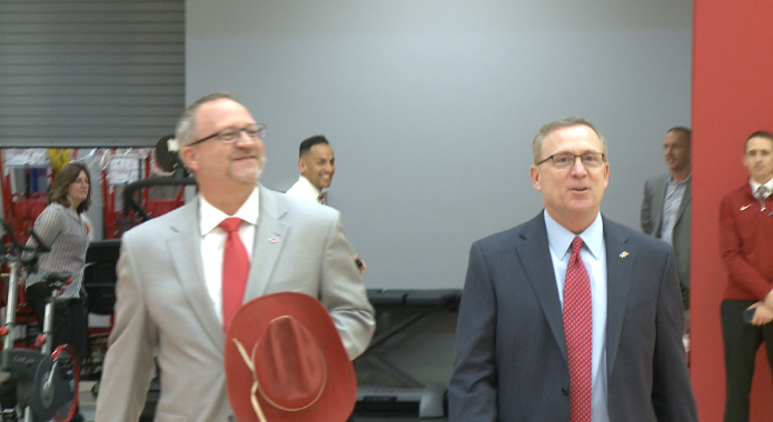 Arkansas AD Jeff Long parts ways with school