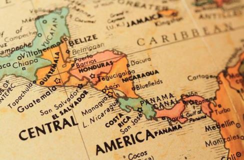 U.S.  citizens, 2 locals killed in Costa Rica plane crash