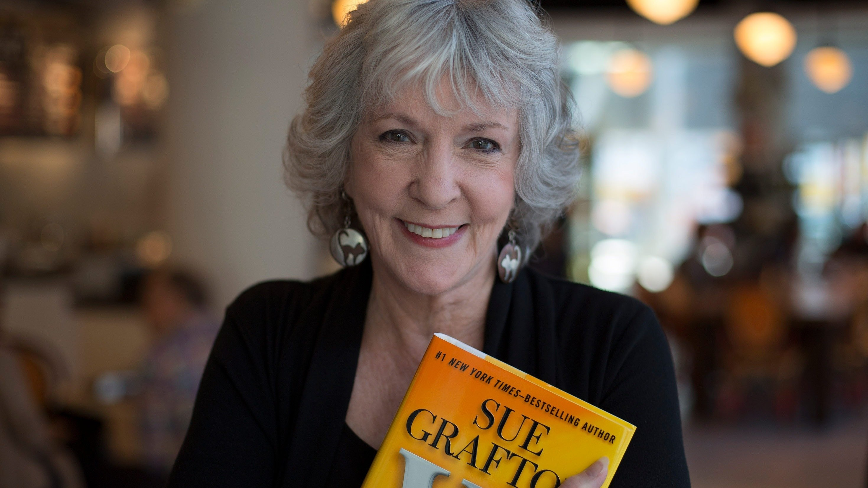 Mystery Writer Sue Grafton Dies at 77