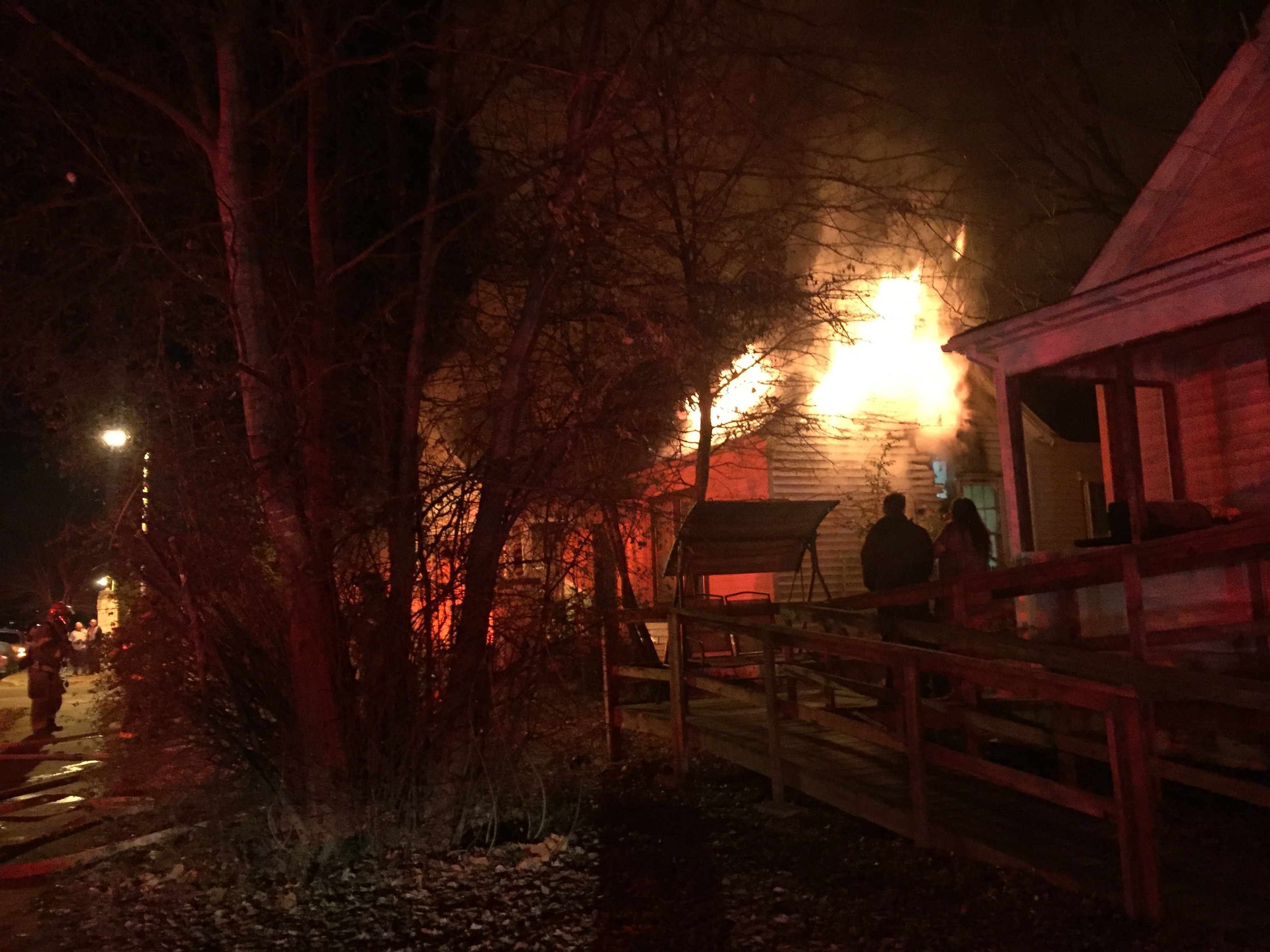 Crews respond to fire at 822 N. 13th St. in Fort Smith.