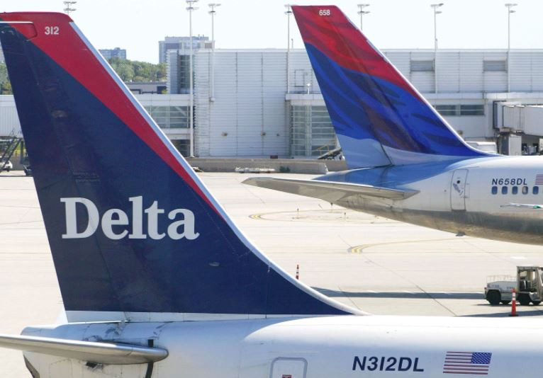 Delta rethinks discounts for 'divisive' groups after NRA fracas
