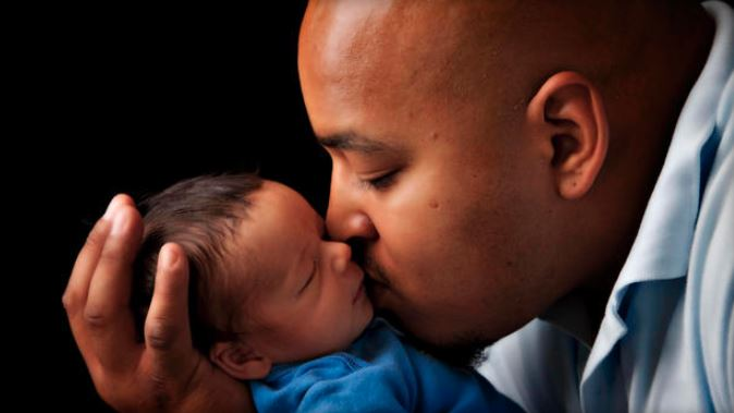 Babies Who Resemble Their Fathers Are Likely To Be Healthier