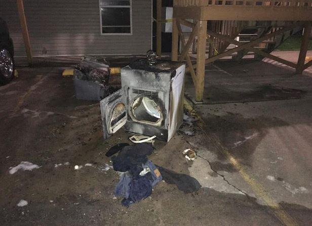 Apartment fire Barry/Huntsville, Springdale