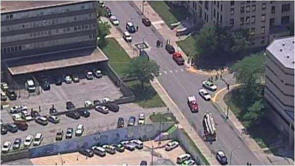 1 deputy killed, another critically hurt in shooting near Kansas courthouse