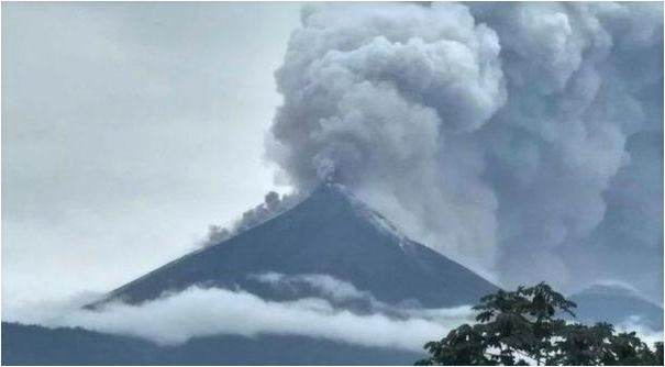 Mass evacuation begins as volcano erupts in Guatemala