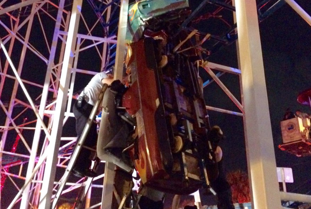 6 hurt when Daytona Beach coaster derails, 2 riders drop 30 ft