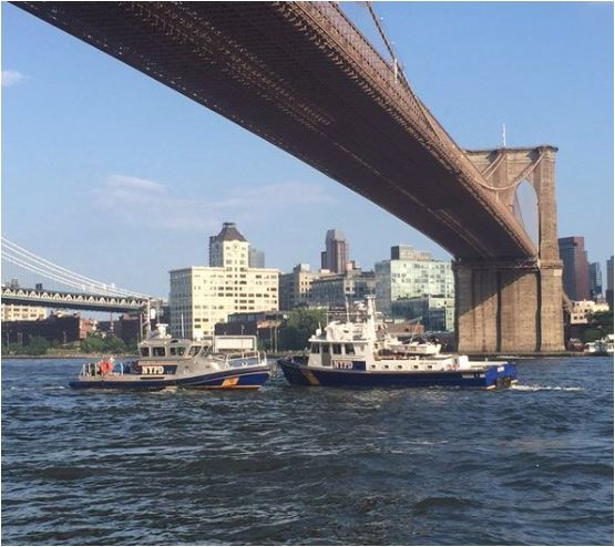 Tourists find baby boy floating in water near Brooklyn Bridge