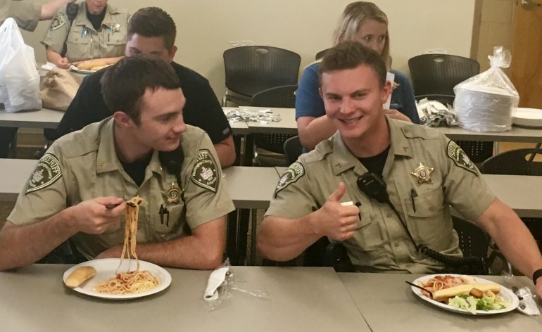 Olive Garden Honors Local First Responders With Free Labor Day Lunch Fort Smith Fayetteville