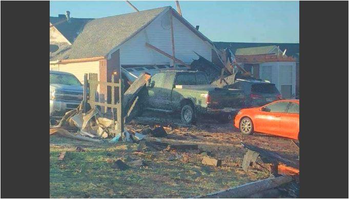Storm damage Van Buren. 5NEWS viewer photo.