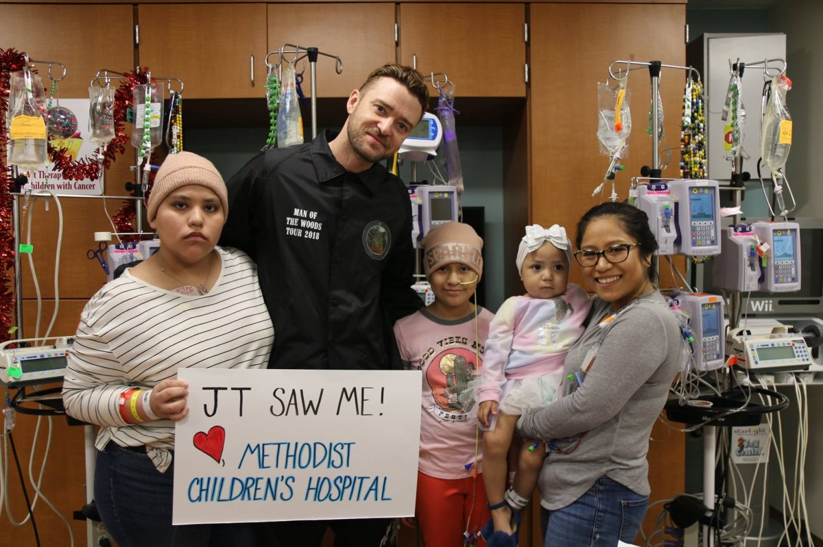 Timberlake Pops In On Patients At Texas Children S