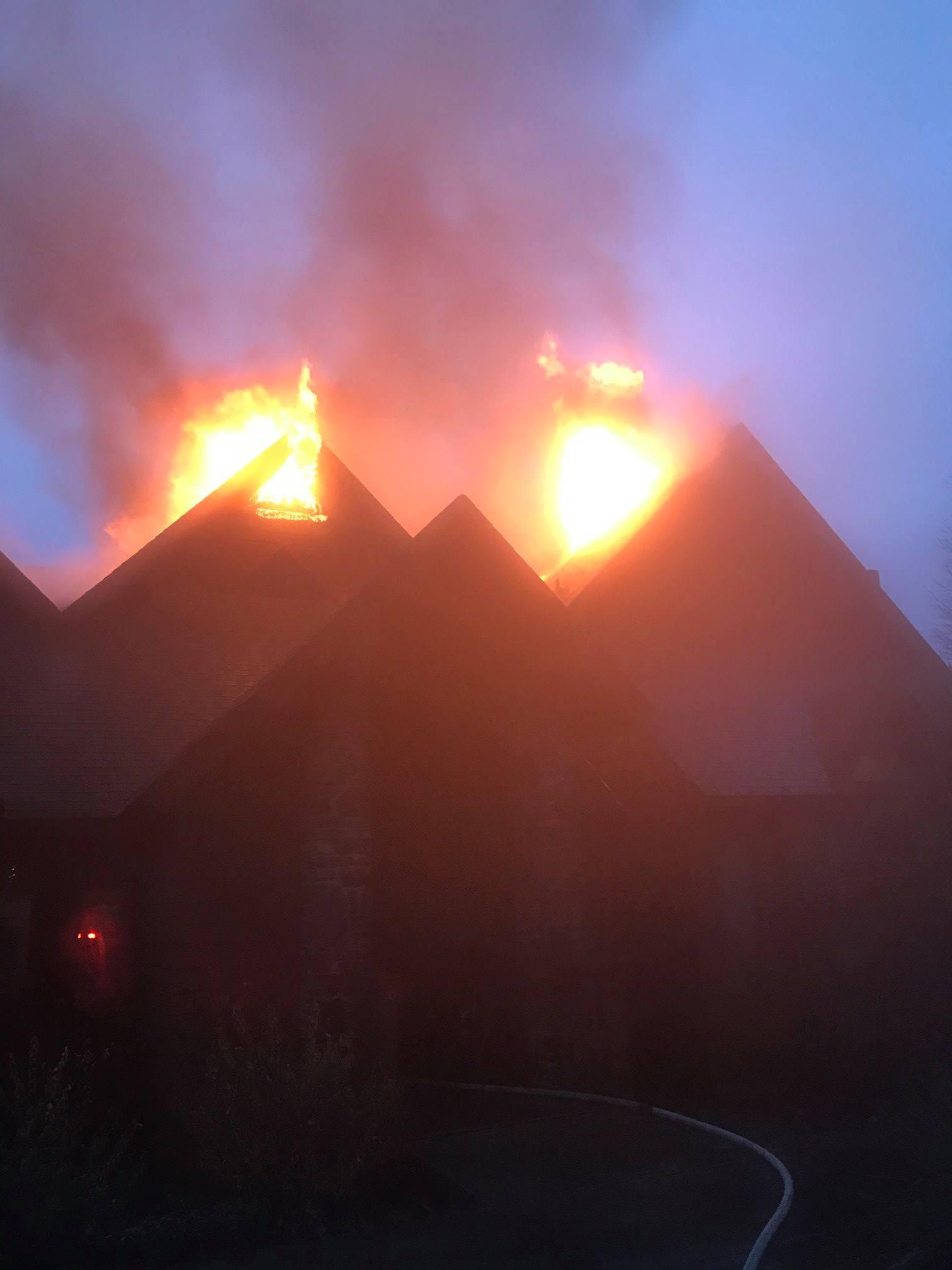 Holiday Island And Eureka Springs FD Respond To Condo Fire