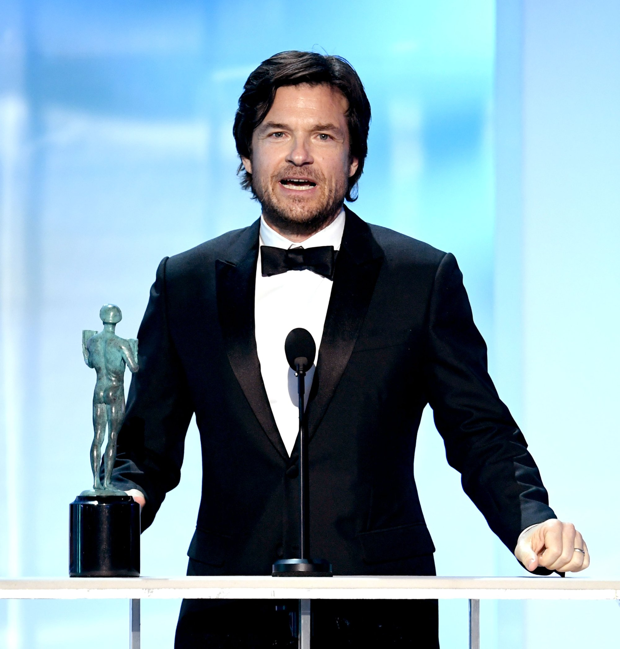 "LOS ANGELES, CALIFORNIA - JANUARY 27: Jason Bateman accepts Outstanding Performance by a Male Actor in a Drama Series for his role in ""Ozark"" onstage during the 25th Annual Screen Actors Guild Awards at The Shrine Auditorium on January 27, 2019 in Los Angeles, California. (Photo by Kevin Winter/Getty Images for Turner)"