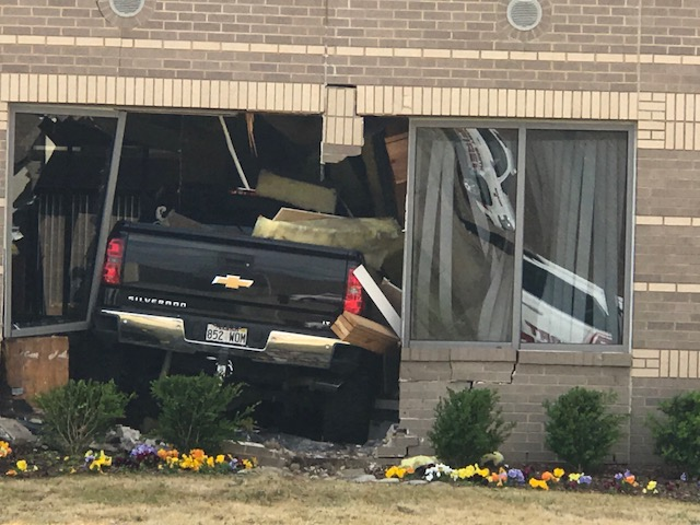 Truck Runs Into Bank In Fort Smith thumbnail