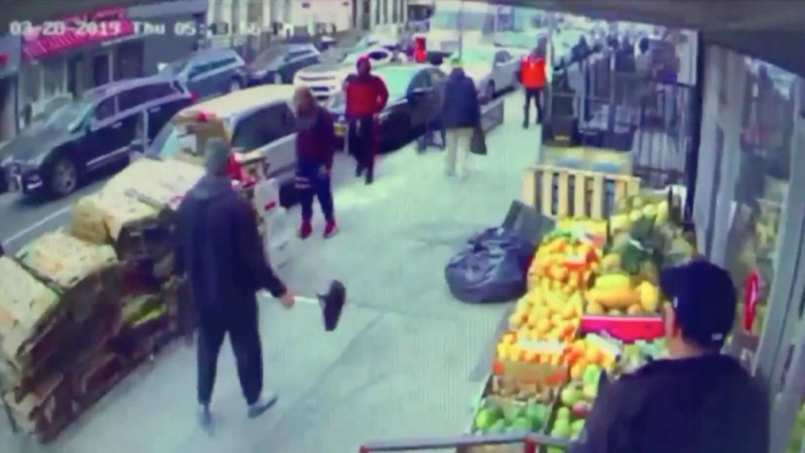 Watch: New York Man Armed With Bicycle Seat Defends Teen Attacked By Group Of People thumbnail