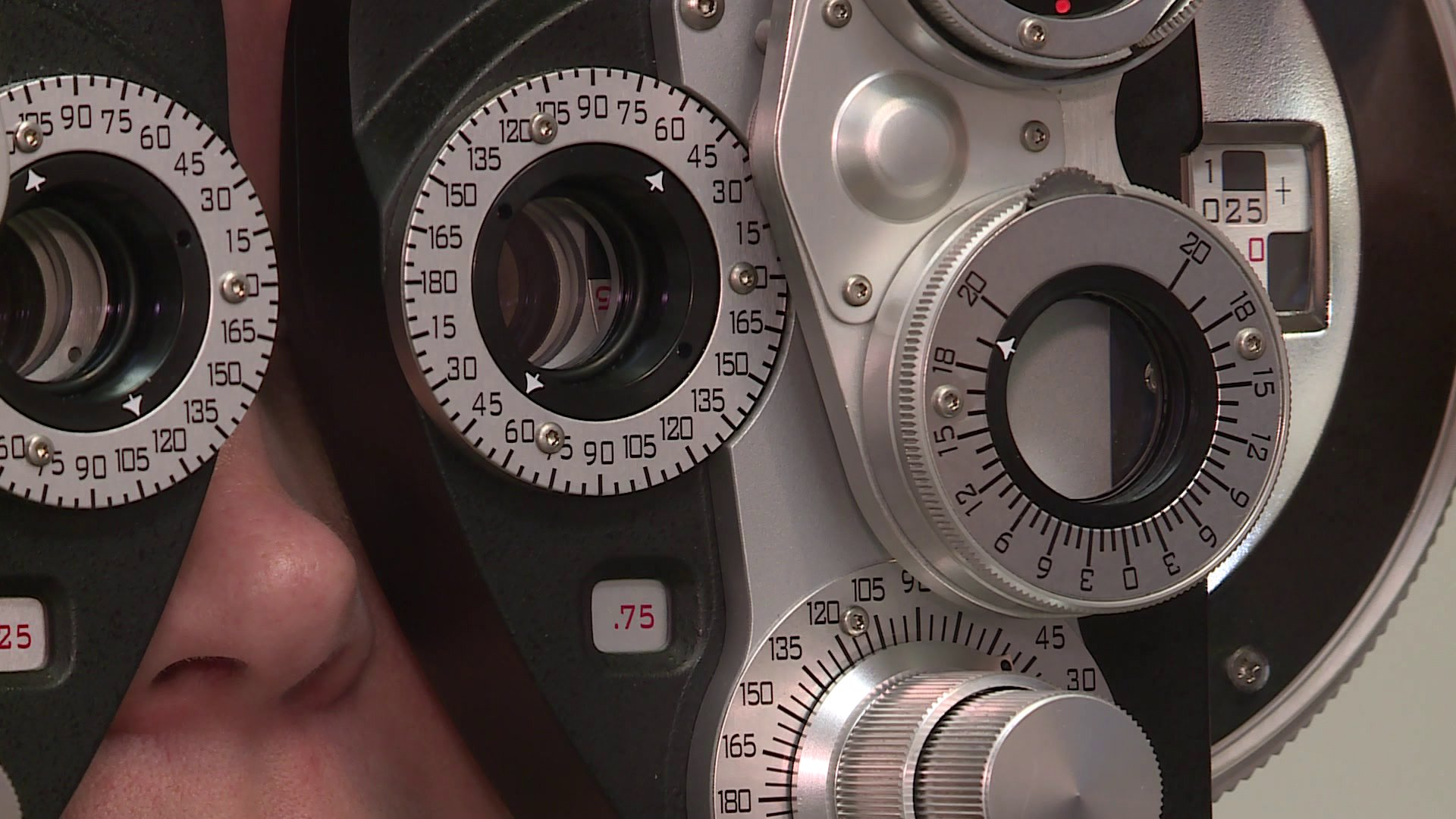 Arkansas Bill Granting Optometrists Surgical Privileges Awaits Governor's Signature