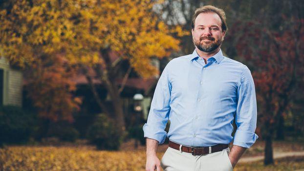 Mahony Trails Cotton In Fundraising For Arkansas Senate