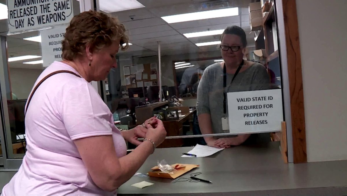 4f7a6cf984b5e Oklahoma Woman Reunited With Her Late Mother's Stolen Wedding Ring ...