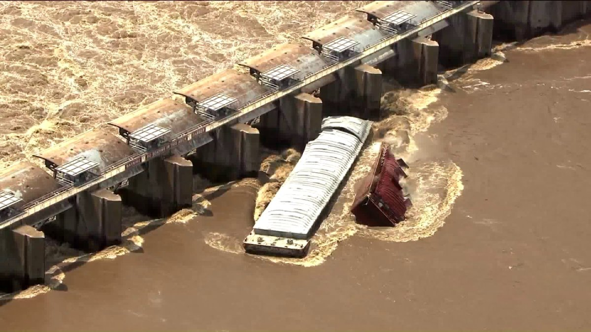 OHP: Two Barges Broke Loose Again, Hit Lock And Dam; I-40