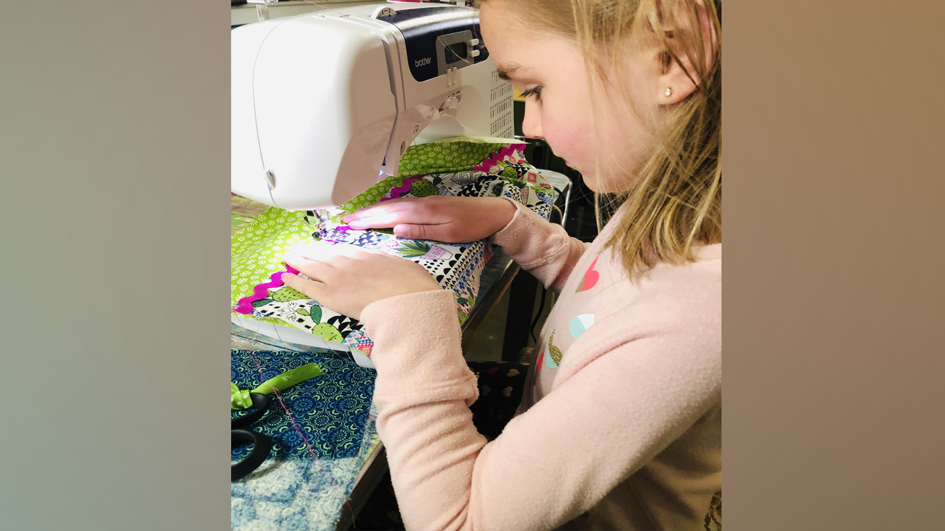 Local Craft Studio Donates Handmade Bags To Fayetteville Boutique thumbnail