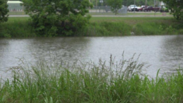 Threat Of Dangerous Flood Levels Closes Roads In Van Buren
