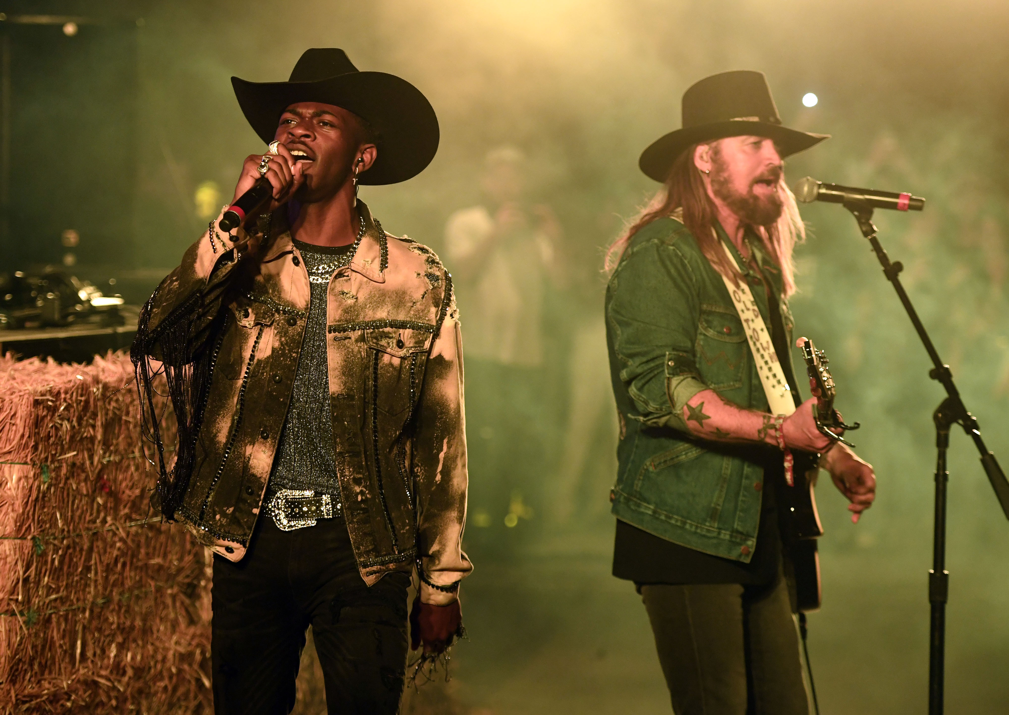 Lil Nas X's 'Old Town Road' Inspires Mostly Nonverbal Boy thumbnail