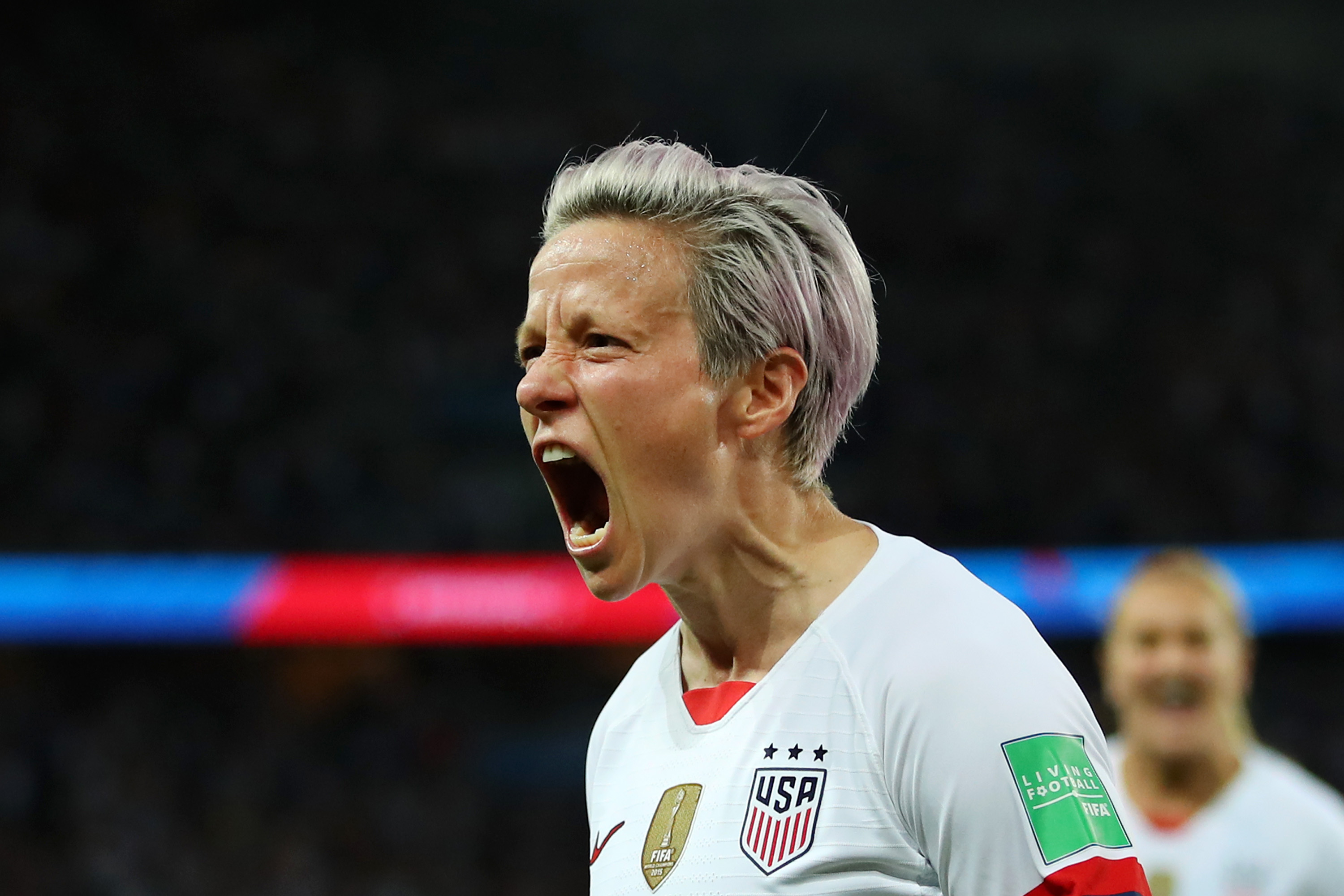 US Beat France To Reach Women's World Cup Semifinals thumbnail