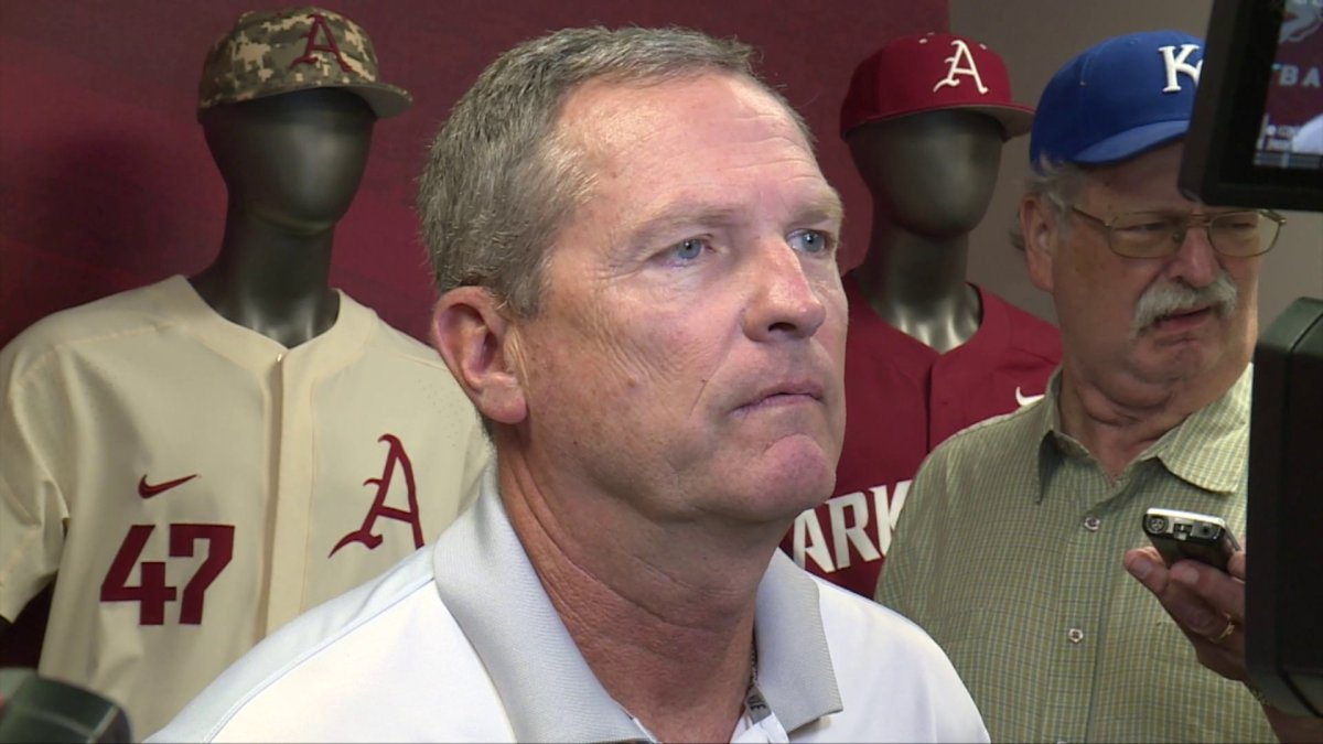 FULL INTERVIEW: Van Horn Talks Draft, Super Regional
