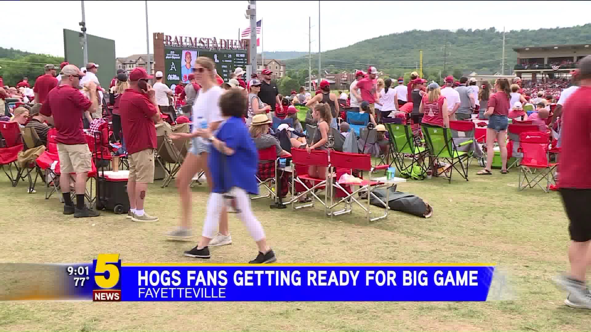 Hog Fans Pack Baum Walker Stadium For Super Regionals In Fayetteville
