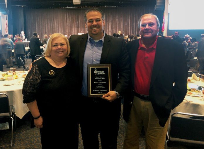 5NEWS Sports Director Presented With Distinguished Media Service Award