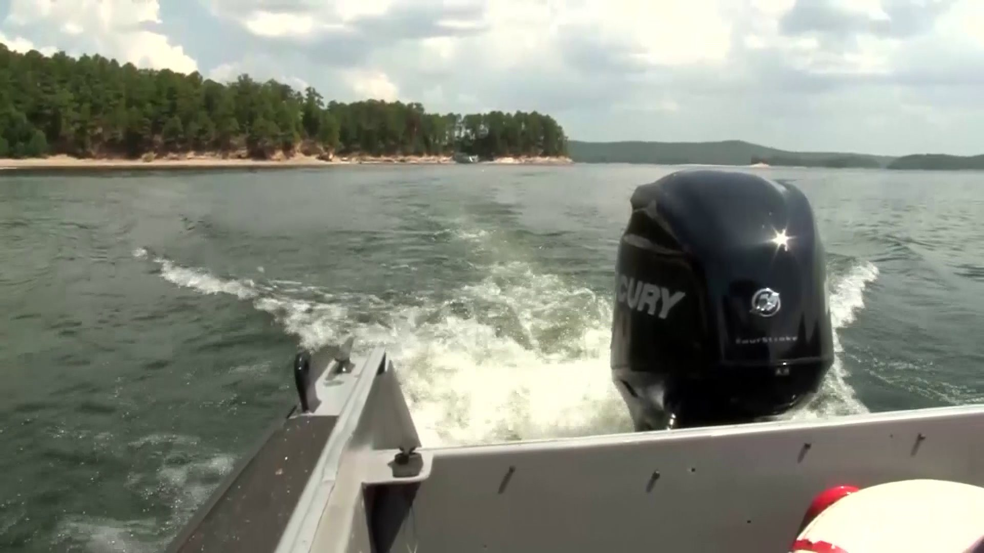 Missing Arkansas Deputy's Body Chanced on In Lake Ouachita thumbnail