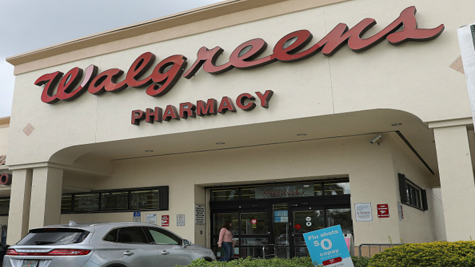 Altaire Pharmaceuticals Issues Voluntary Recall For Multiple Eye Products Sold At Walgreens thumbnail