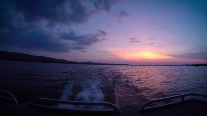 Adventure Arkansas: Lake Ouachita Sunset Tour
